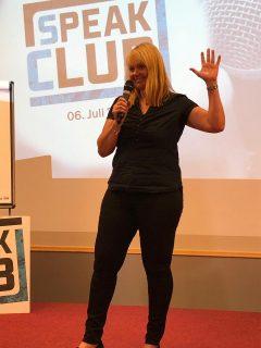 Speak Club-Gedankentanken Business Factory - Dr. Maria Hoffacker zur besseren Entscheidungsfindung mit den drei Gehirnen_Foto Privat